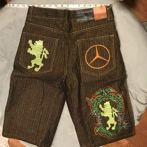 Awesome Embroidered Shorts size 32